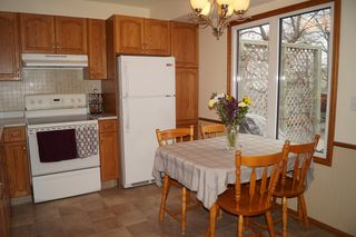 Photo 10: 163 Larche Avenue in Winnipeg: Single Family Detached for sale (Transcona)  : MLS®# 1605930