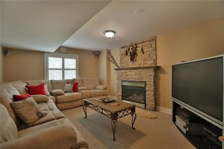 Photo 7: 2487 Upper Valley Cres in : 1015 - RO River Oaks FRH for sale (Oakville)  : MLS®# 30526916