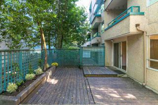 """Photo 9: 205 1345 COMOX Street in Vancouver: West End VW Condo for sale in """"Tiffany Court"""" (Vancouver West)  : MLS®# R2394852"""