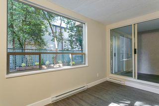 """Photo 4: 205 1345 COMOX Street in Vancouver: West End VW Condo for sale in """"Tiffany Court"""" (Vancouver West)  : MLS®# R2394852"""