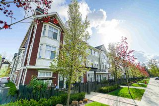 """Photo 2: 72 20852 77A Avenue in Langley: Willoughby Heights Townhouse for sale in """"ARCADIA"""" : MLS®# R2398984"""