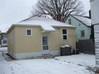 Photo 15: 445 Lariviere Street in Winnipeg: Norwood Residential for sale (2B)  : MLS®# 1930715
