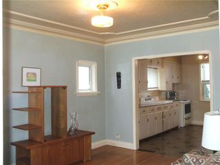 Photo 3: 445 Lariviere Street in Winnipeg: Norwood Residential for sale (2B)  : MLS®# 1930715