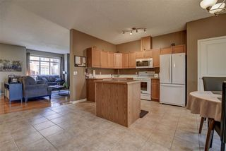 Photo 8: 11 8403 164 Avenue in Edmonton: Zone 28 Townhouse for sale : MLS®# E4180965
