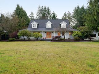 "Photo 1: 23746 55A Avenue in Langley: Salmon River House for sale in ""Salmon River"" : MLS®# R2431624"