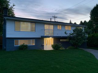 Photo 2: 760 PORTER Street in Coquitlam: Central Coquitlam House for sale : MLS®# R2460192