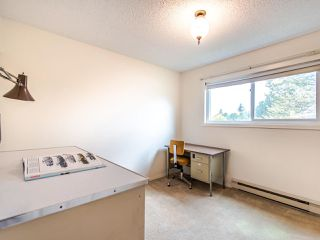 "Photo 14: 204 32910 AMICUS Place in Abbotsford: Central Abbotsford Condo for sale in ""ROYAL OAKS"" : MLS®# R2474373"