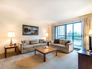 "Photo 2: 204 32910 AMICUS Place in Abbotsford: Central Abbotsford Condo for sale in ""ROYAL OAKS"" : MLS®# R2474373"
