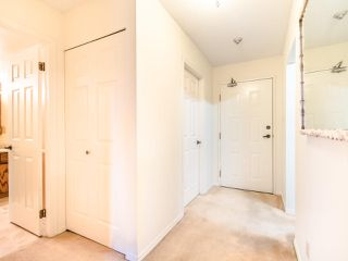 "Photo 9: 204 32910 AMICUS Place in Abbotsford: Central Abbotsford Condo for sale in ""ROYAL OAKS"" : MLS®# R2474373"