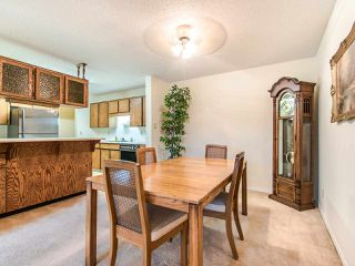 "Photo 5: 204 32910 AMICUS Place in Abbotsford: Central Abbotsford Condo for sale in ""ROYAL OAKS"" : MLS®# R2474373"