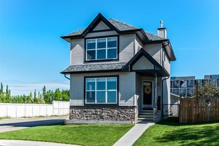 Main Photo: 324 DRAKE LANDING Close: Okotoks Detached for sale : MLS®# A1011827