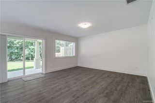 Photo 9: 111 2117 Charters Rd in Sooke: Sk Sooke Vill Core Row/Townhouse for sale : MLS®# 832044