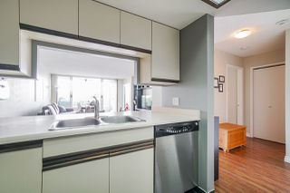 """Photo 14: 405 1045 QUAYSIDE Drive in New Westminster: Quay Condo for sale in """"Quayside Tower 1"""" : MLS®# R2479286"""