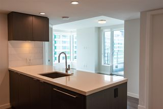 Photo 7: 2507 8189 CAMBIE Street in Vancouver: Marpole Condo for sale (Vancouver West)  : MLS®# R2489627