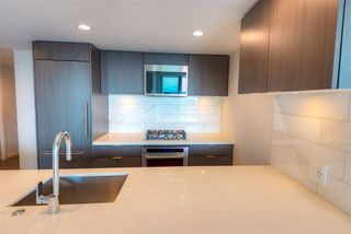 Photo 9: 2507 8189 CAMBIE Street in Vancouver: Marpole Condo for sale (Vancouver West)  : MLS®# R2489627