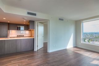 Photo 11: 2507 8189 CAMBIE Street in Vancouver: Marpole Condo for sale (Vancouver West)  : MLS®# R2489627