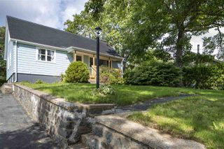 Main Photo: 292 Rocky Lake Drive in Bedford: 20-Bedford Residential for sale (Halifax-Dartmouth)  : MLS®# 202019817