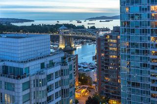 "Photo 12: 2301 1500 HOWE Street in Vancouver: Yaletown Condo for sale in ""The Discovery"" (Vancouver West)  : MLS®# R2512028"