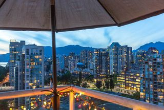 "Photo 6: 2301 1500 HOWE Street in Vancouver: Yaletown Condo for sale in ""The Discovery"" (Vancouver West)  : MLS®# R2512028"