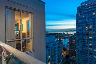 "Photo 32: 2301 1500 HOWE Street in Vancouver: Yaletown Condo for sale in ""The Discovery"" (Vancouver West)  : MLS®# R2512028"