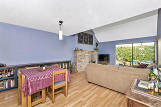 Photo 14: 2 1315 Gladstone Ave in : Vi Fernwood Row/Townhouse for sale (Victoria)  : MLS®# 861722