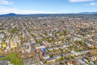 Photo 39: 2 1315 Gladstone Ave in : Vi Fernwood Row/Townhouse for sale (Victoria)  : MLS®# 861722