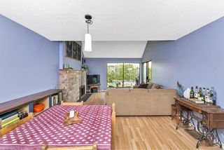 Photo 13: 2 1315 Gladstone Ave in : Vi Fernwood Row/Townhouse for sale (Victoria)  : MLS®# 861722