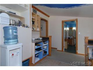 Photo 8: 1711 Haultain Street in VICTORIA: Vi Jubilee Single Family Detached for sale (Victoria)  : MLS®# 278863