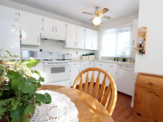 Photo 6: 46 SYLVAN Place SE: Airdrie Residential Detached Single Family for sale : MLS®# C3545998