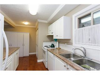 Photo 3: 1124 Kiwi Road in VICTORIA: La Langford Lake Townhouse for sale (Langford)  : MLS®# 321514