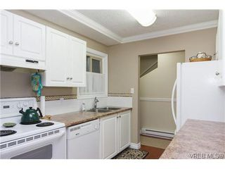 Photo 4: 1124 Kiwi Road in VICTORIA: La Langford Lake Townhouse for sale (Langford)  : MLS®# 321514