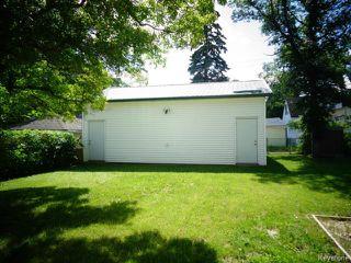 Photo 2: 920 North Drive in WINNIPEG: Fort Garry / Whyte Ridge / St Norbert Residential for sale (South Winnipeg)  : MLS®# 1416335
