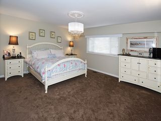 Photo 12: 1059 EDEN CR in Tsawwassen: Tsawwassen East House for sale : MLS®# V1046124