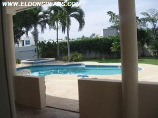 Photo 19: Playa Blanca Villa for Sale!