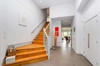 Photo 2: 5899 COVE LINK RD in Ladner: Neilsen Grove House for sale : MLS®# V1099880