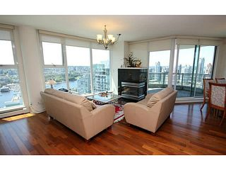 Photo 3: PH3901 1009 Expo Boulevard in Vancouver: Yaletown Condo for sale (Vancouver West)  : MLS®# V1118126