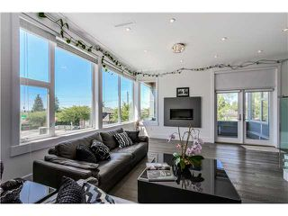 Photo 3: 4505 NEVILLE ST in Burnaby: South Slope House for sale (Burnaby South)  : MLS®# V1131163
