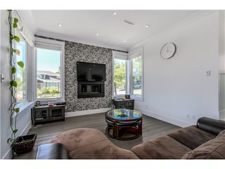 Photo 6: 4505 NEVILLE ST in Burnaby: South Slope House for sale (Burnaby South)  : MLS®# V1131163