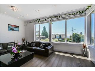 Photo 4: 4505 NEVILLE ST in Burnaby: South Slope House for sale (Burnaby South)  : MLS®# V1131163