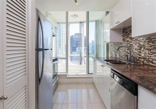 Photo 7: Vancouver West in Coal Harbour: Condo for sale : MLS®# R2057177