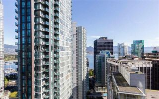 Photo 15: Vancouver West in Coal Harbour: Condo for sale : MLS®# R2057177