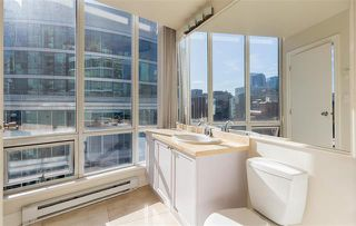 Photo 16: Vancouver West in Coal Harbour: Condo for sale : MLS®# R2057177