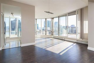 Photo 5: Vancouver West in Coal Harbour: Condo for sale : MLS®# R2057177