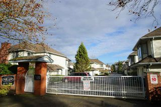Photo 2: 122 9978 151 STREET in Surrey: Guildford Townhouse for sale (North Surrey)  : MLS®# R2122462