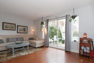Photo 4: 103 20675 118TH AVENUE in Maple Ridge: Southwest Maple Ridge Townhouse for sale : MLS®# R2159410