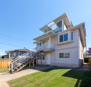 Photo 17: 3375 E 29 Street in Vancouver: Renfrew Heights House for sale (Vancouver East)  : MLS®# R2271875