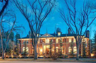 Photo 1: 1339 FRONTENAC AV SW in Calgary: Upper Mount Royal House for sale : MLS®# C4241465