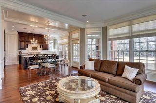 Photo 12: 1339 FRONTENAC AV SW in Calgary: Upper Mount Royal House for sale : MLS®# C4241465