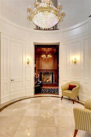 Photo 3: 1339 FRONTENAC AV SW in Calgary: Upper Mount Royal House for sale : MLS®# C4241465