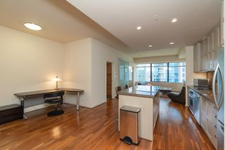 "Photo 6: 1215 1333 W GEORGIA Street in Vancouver: Coal Harbour Condo for sale in ""THE QUBE"" (Vancouver West)  : MLS®# R2401153"